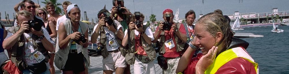 Barcelone 1992-ANDERSEN Linda (NOR) 1e. ANDERSEN Linda(NOR) 1e sur le ponton. ANDERSEN Linda (NOR) 1e sur le ponton.